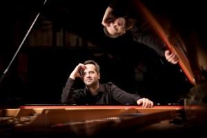 077 Peter Jablonski Dec12 (c) B Ealovega